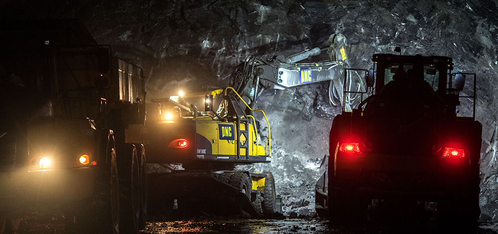 Construction vehicles at work in the Fylkesveg 17 Liafjellet road tunnel.
